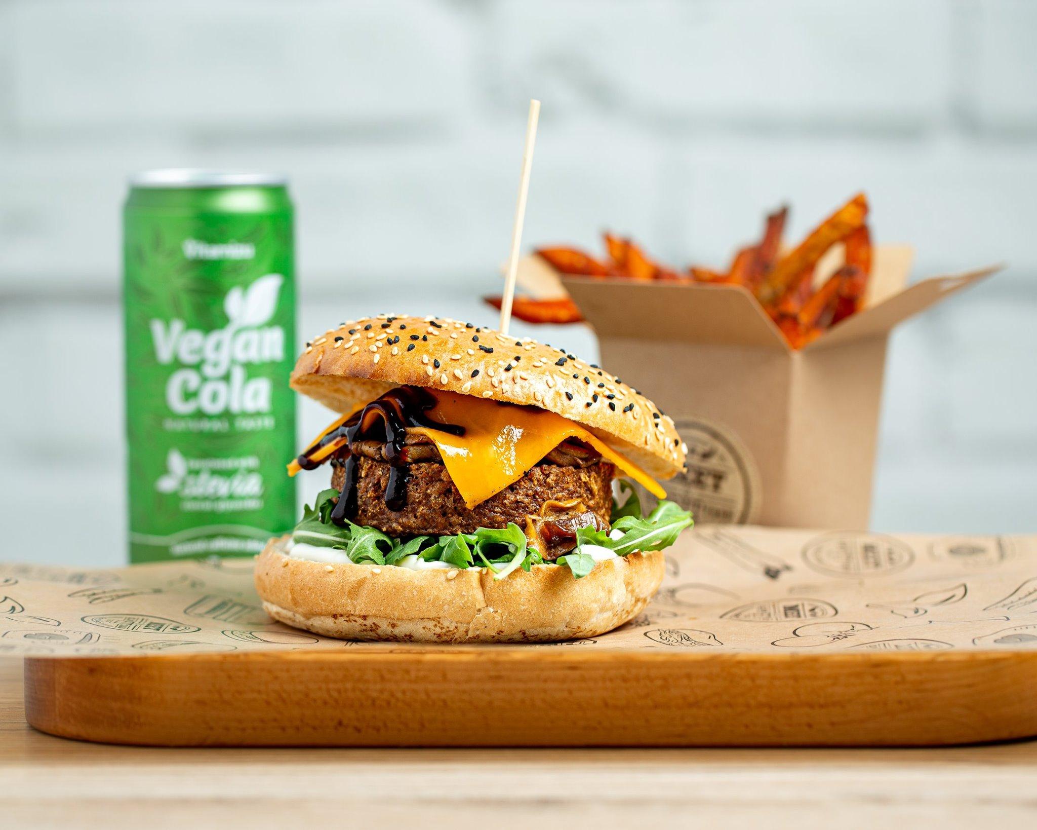 Burger zgrochu, kaczka zglutenu – ranking wegańskiego mięsa