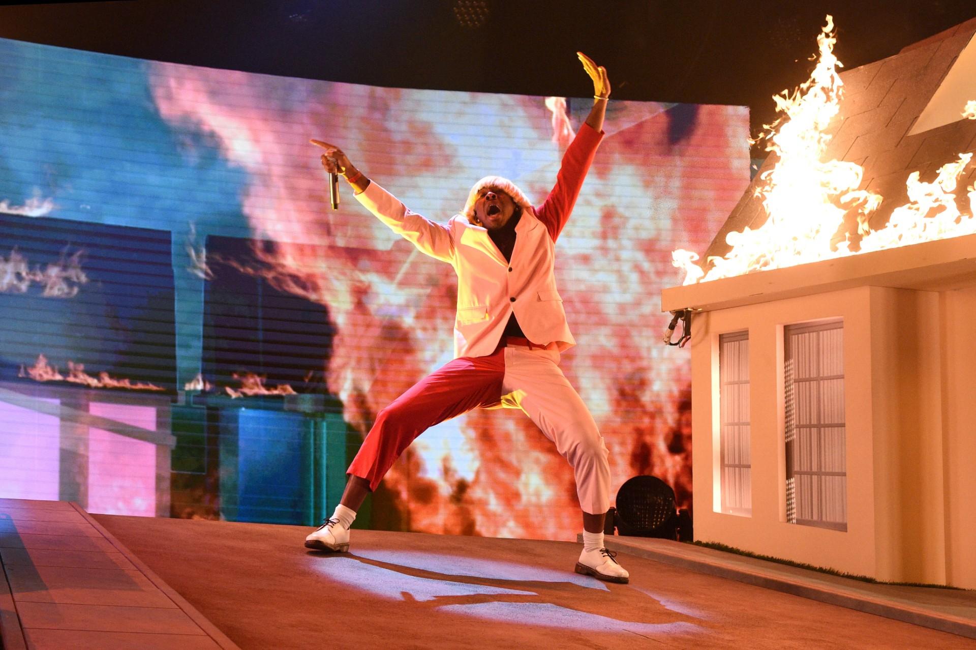 Tyler, the Creator wystąpił naGrammy zBoyz II Men iprawie spalił cały budynek