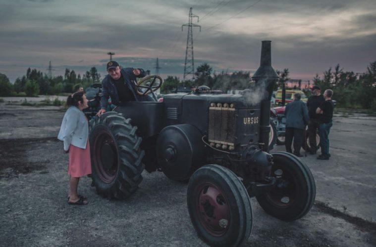 """Hołd dla polskich traktorów itych, którzyje składali. """"Symfonia fabryki Ursus"""" tooda dominionych czasów"""