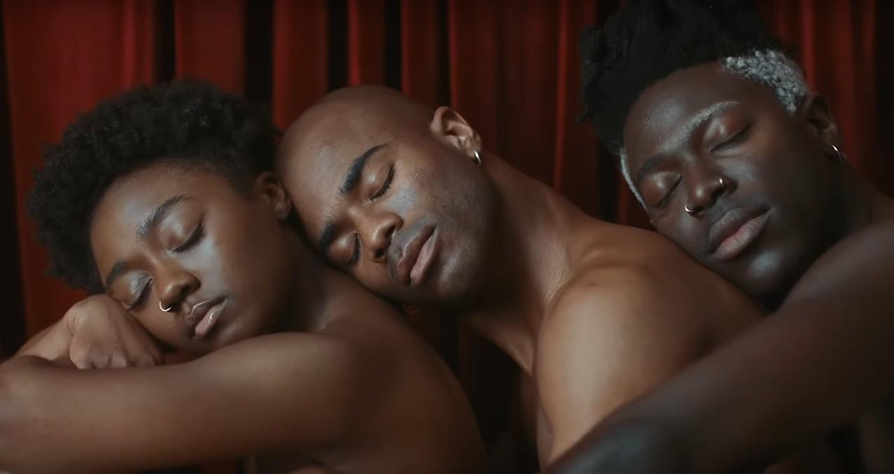 Nowy klip Mosesa Sumneya pokazuje panseksualną krainę marzeń
