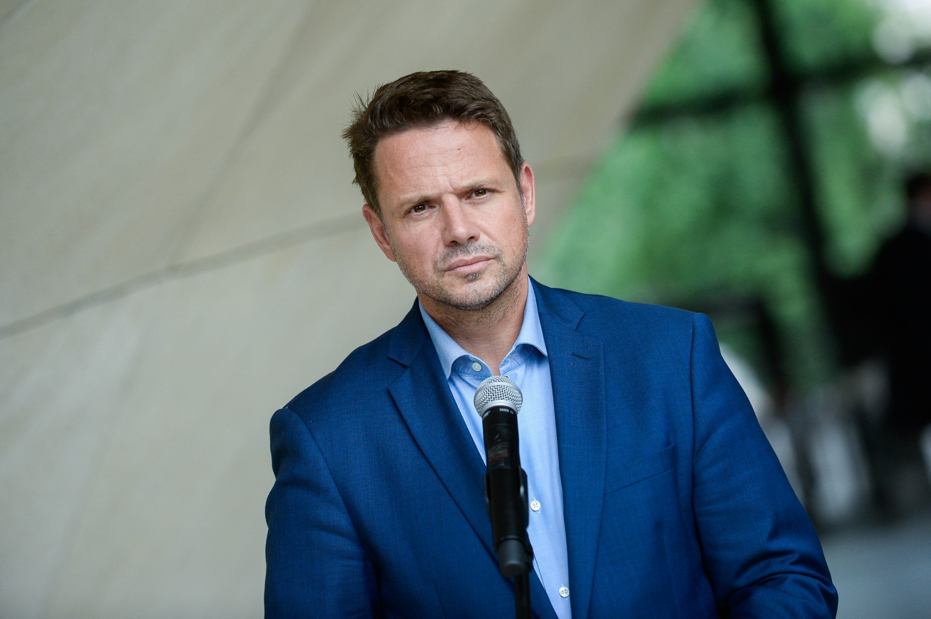 Rafał Trzaskowski otrzymał list otwarty wsprawie syna dwóch lesbijek, któremuniewydał dokumentów