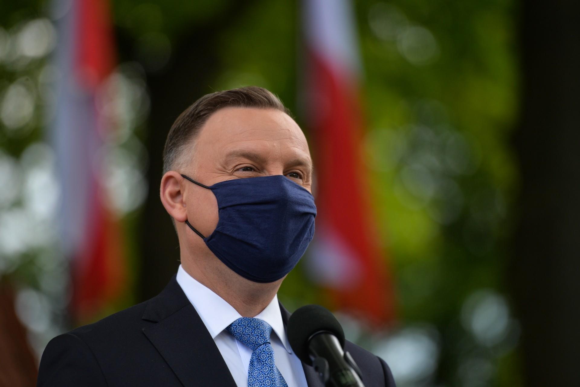 """Światowe media owalce Andrzeja Dudy z""""ideologią LGBT"""". """"Próba reaktywacja jego kampanii"""""""