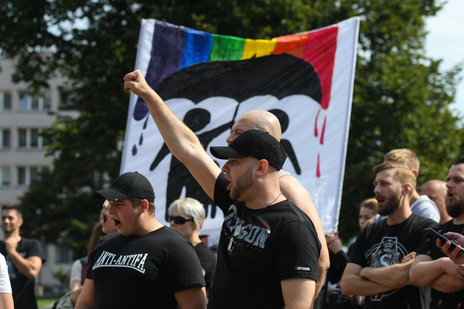 USA jest bliżej niż Polska – jak zachodnia scena klubowa ignoruje problemy polskiej społeczności LGBTQ+