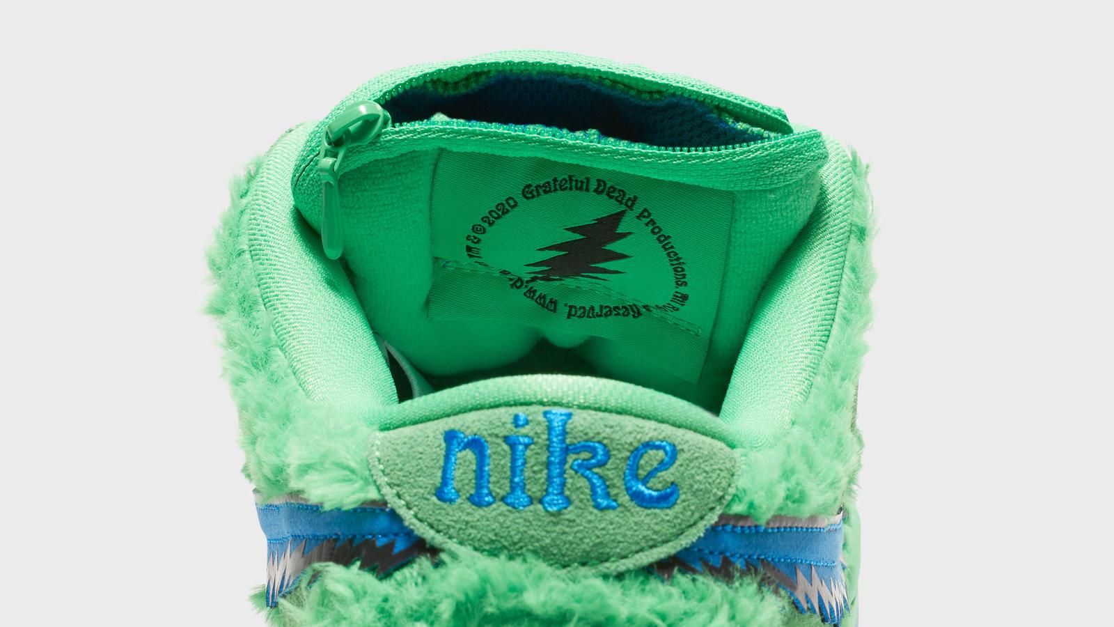 Nike wewspółpracy zGrateful Dead wypuścił buty zkieszonką najaranie