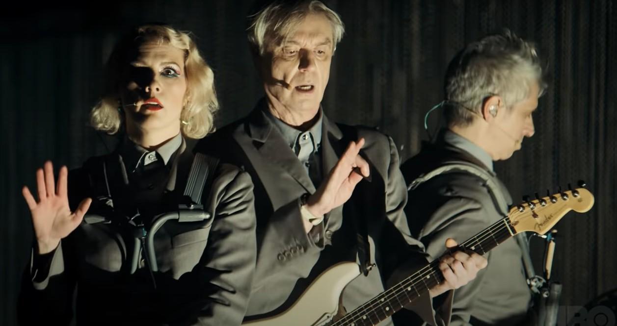 Jest trailer koncertu Davida Byrne'a wyreżyserowanego przezSpike'a Lee dla HBO