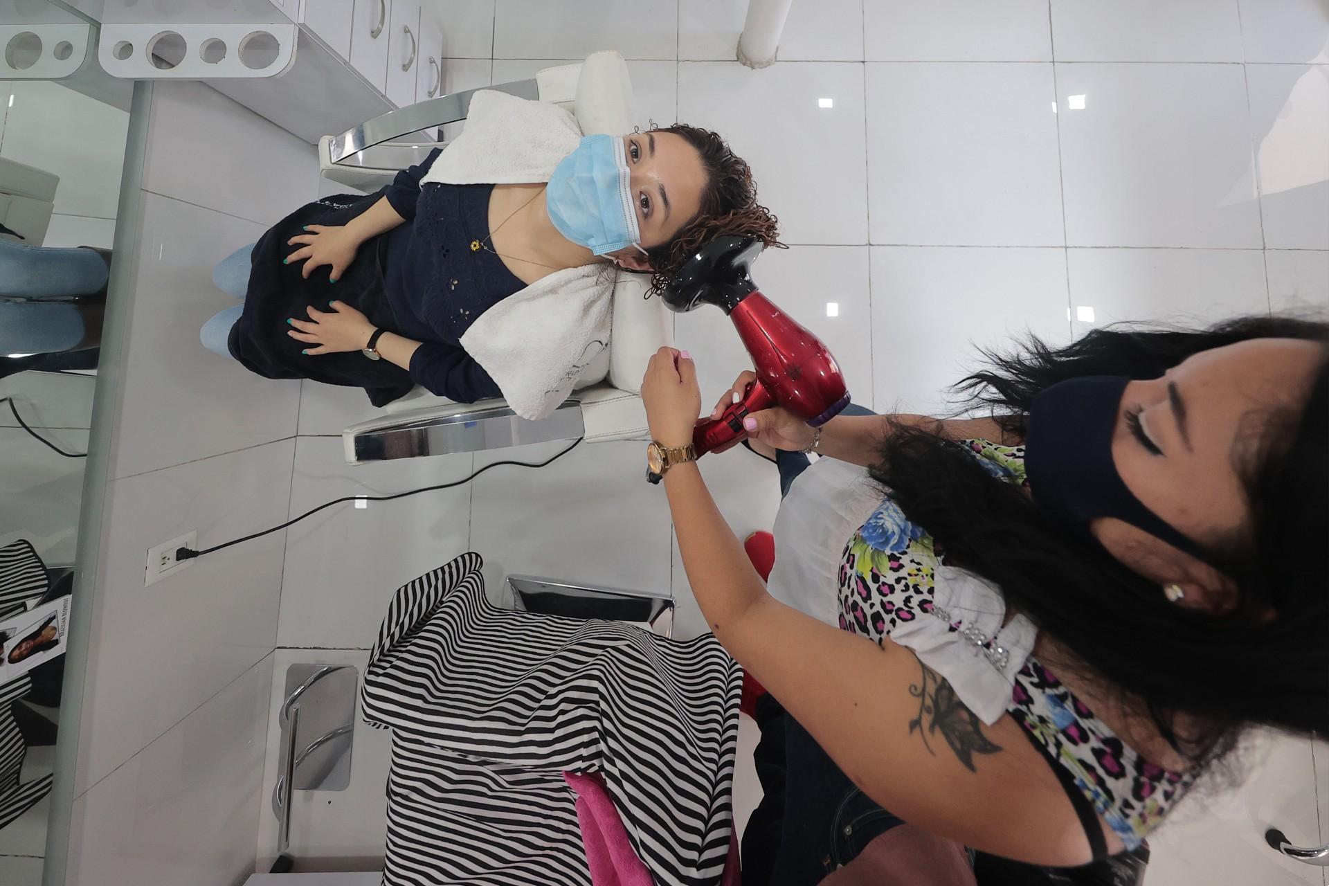 Salony fryzjerskie wNowym Jorku rezygnują zróżnic wcenie podyktowanych płcią. Wzór donaśladowania?