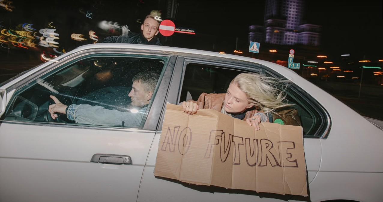 """Margaret iKukon w""""No Future"""" – politycznym numerze owspółczesnej Polsce"""