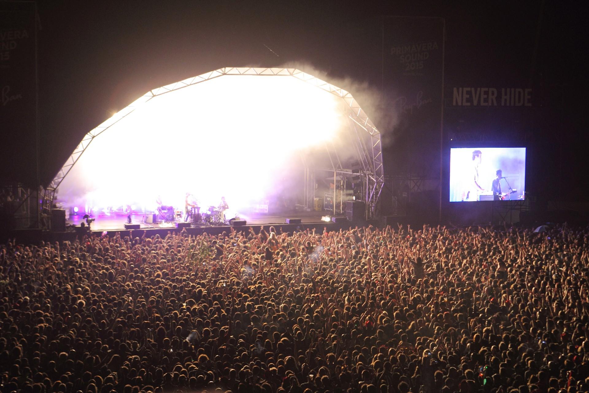 WBarcelonie odbył się koncert na1000 osób. Testy naCOVID-19 przy wejściu