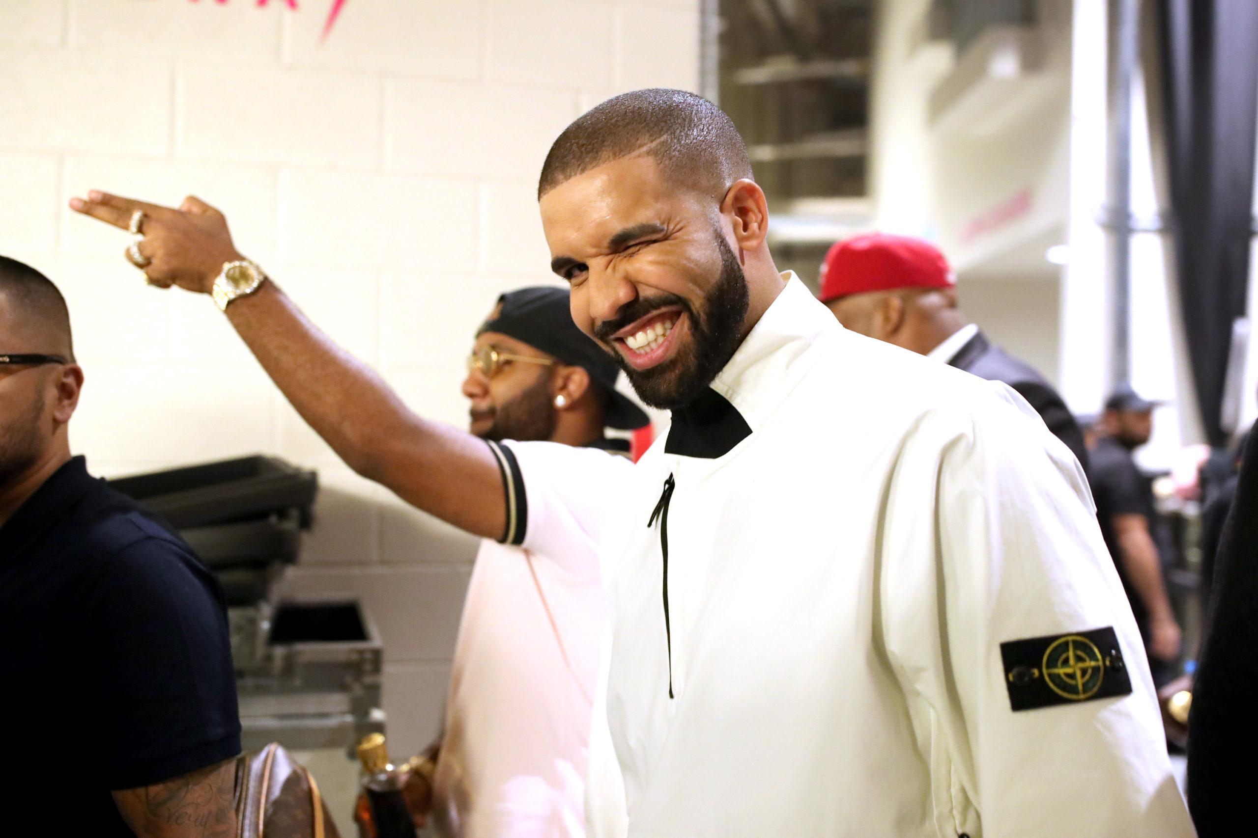 Drake będzie sprzedawał świeczki ozapachu… Drake'a