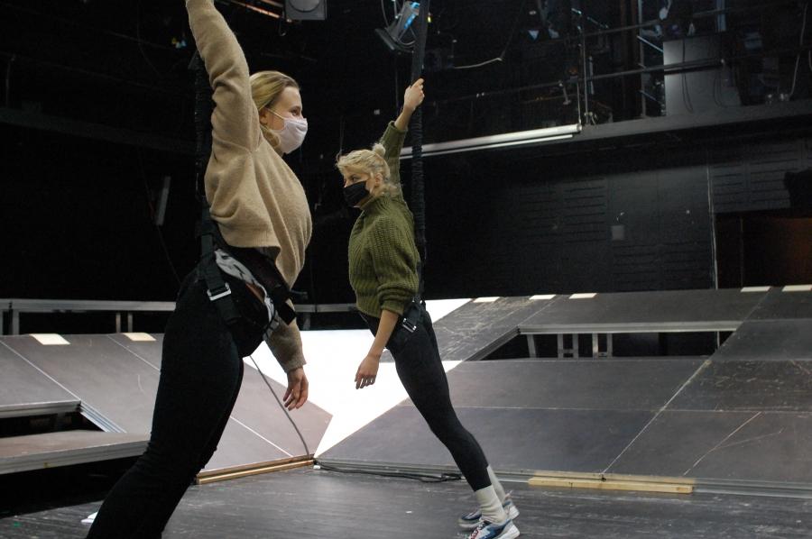 Teatr Powszechny prezentuje Odyseję Kosmiczną 2021. Premiera online wten weekend