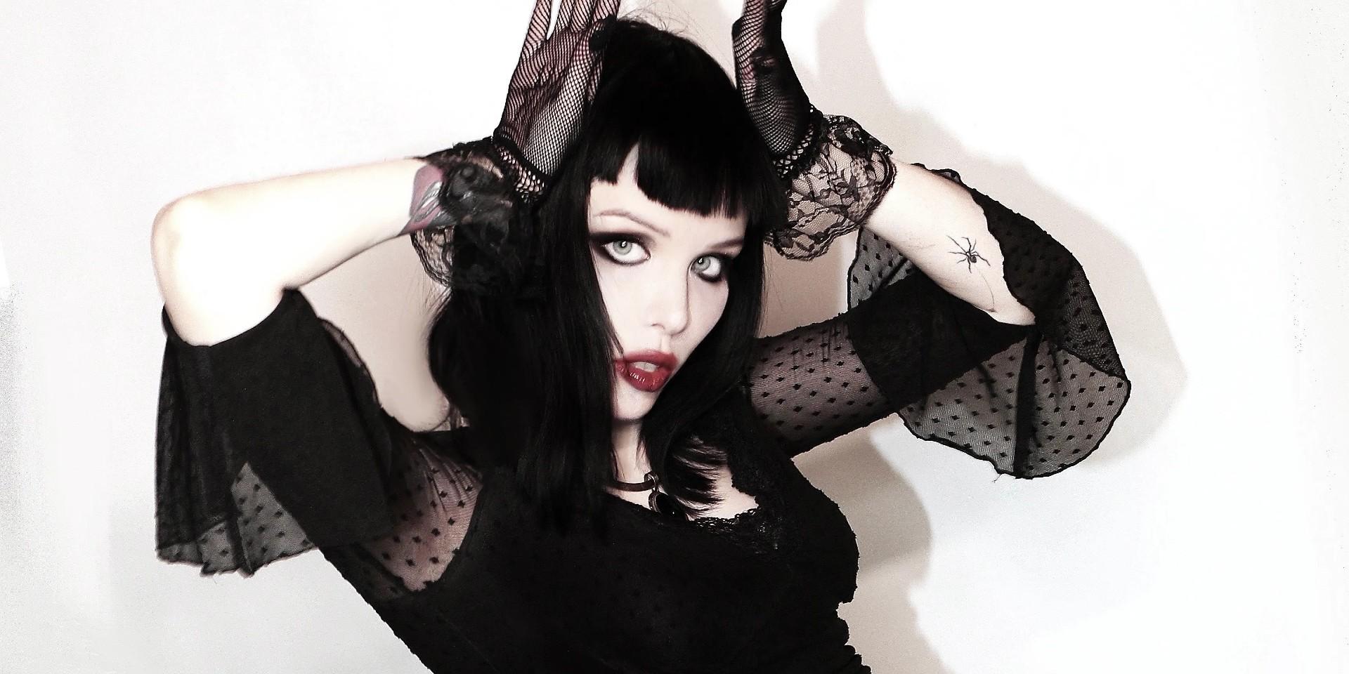 Alice Glass wydała pierwszy singiel zapowiadający jej debiutancką solową płytę