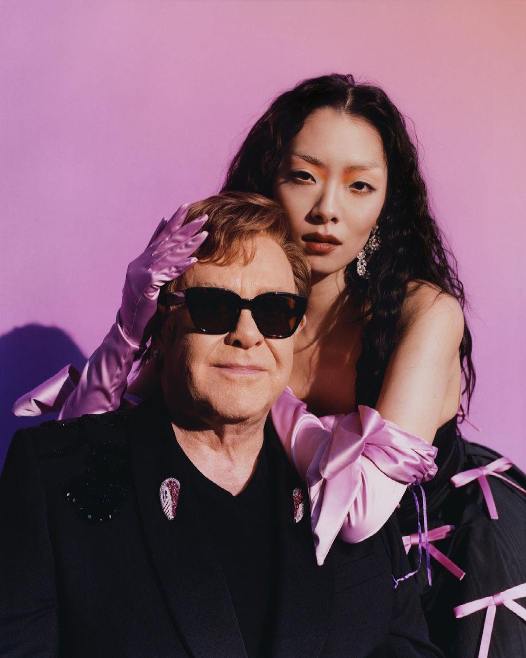 Rina Sawayama nagrała wzruszający numer zEltonem Johnem