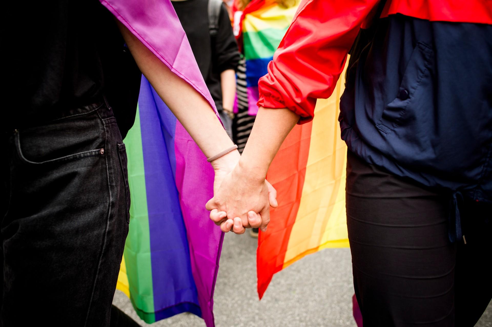 GUS dopuści małżeństwa jednopłciowe wspisie powszechnym. Alenadal nieuznaje istnienia osób transpłciowych
