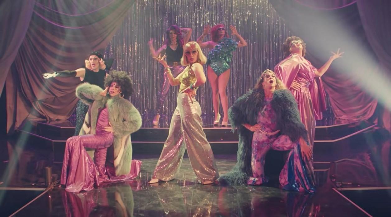 Nowy drag show wRosji, krok ku otwartości czyqueer baiting?